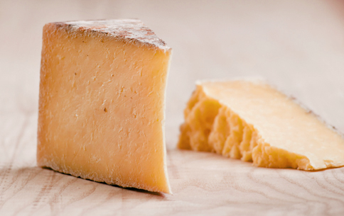 Double Gloucester cheese . Foto  № 2